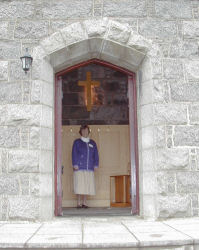 The Church Officer waits to welcome you to Howe Trinity Church